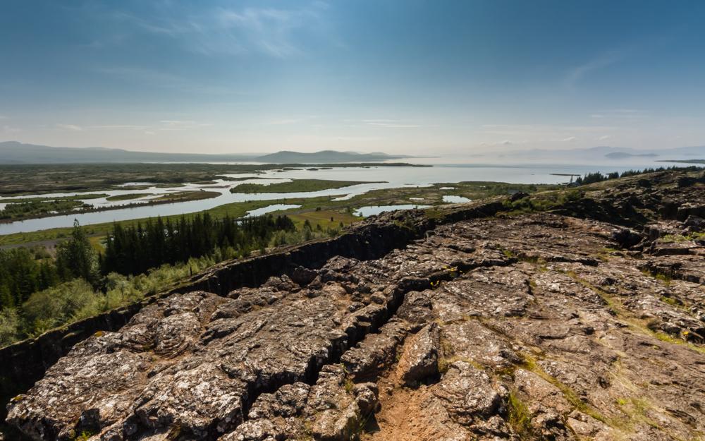 """Šioje nuotraukoje redagavimas padėjo """"susigrąžinti"""" dangų. Nuotraukoje jis buvo per daug šviesus, nes fotografuodama nenaudojau filtrų. Þingvellir nacionalinis parkas"""