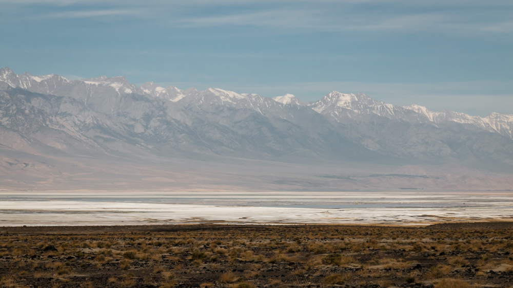 Druskos ežerai Sierra Nevada kalnų papėdėje