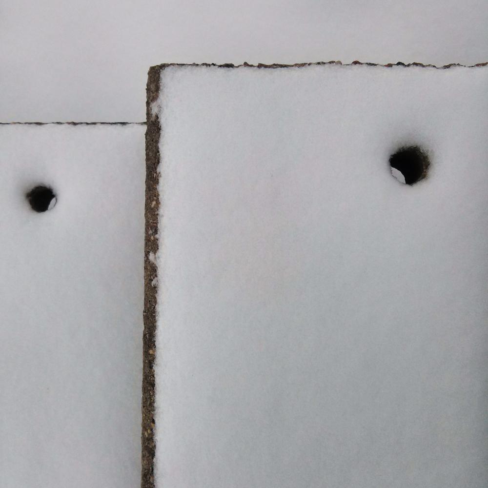 Taškas! Apsnigtos laiptų pakopos. Mobilografija.