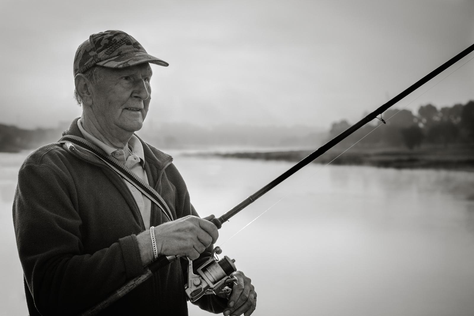 Nr.29. Česlovas, kuris norėjo portreto su žuvimi, bet visiškai nekibo.